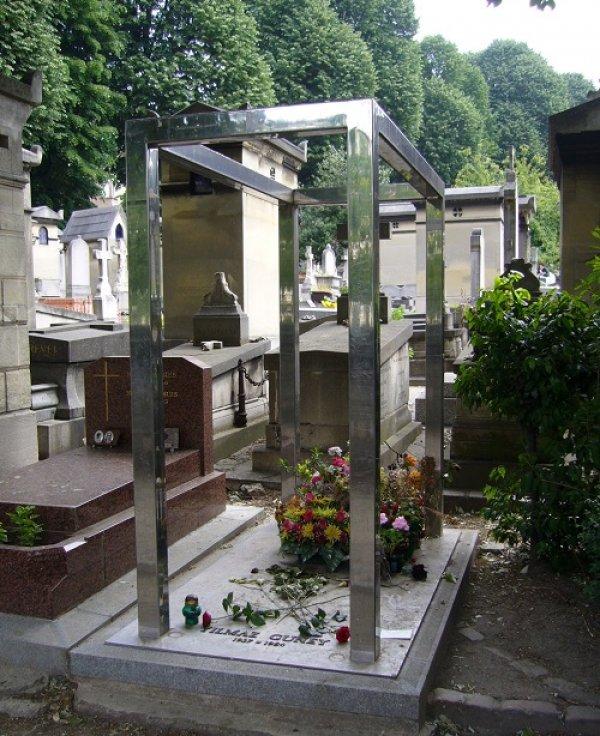 Ünlülerin mezarlığı Pere Lachaise #5